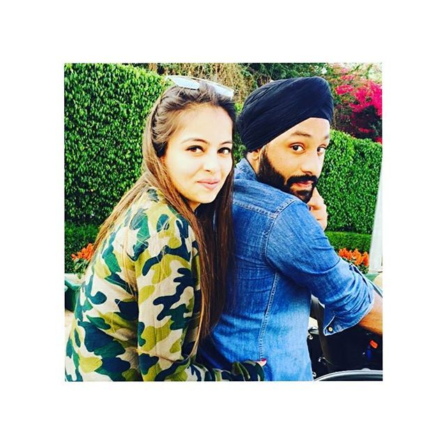 """Ve dil cheez ki main jaan tere ton vardi 💏👫💑😘 #ghaintt #patola #sardar #punjaban #love #respect #relationship #relationshipgoals #instagood #instalike #instafollow #instadaily #instalove  @idolize1214 @brown_couples_  @couplessikh  @punjabi.couple  @sardarni_love_sardar  @punjabisweetcouple  @kaint_punjabi_couples  @punjabi_couples123  @punjabi.quotes"" by @idolize1214. #ganpatibappamorya #dilsedesi #aboutlastnight #whatiwore #ganpati #ganeshutsav #ganpatibappa #indianfestival…"