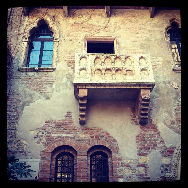 25 Juliet Balconies That Deliver: 25 Best Images About Romeo And Juliet On Pinterest