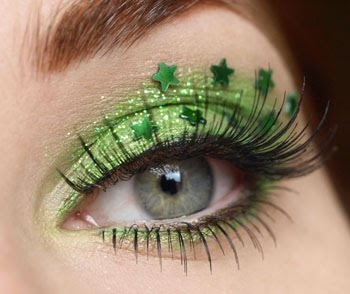 This would be really cool with shamrocks for St. Pattys Day