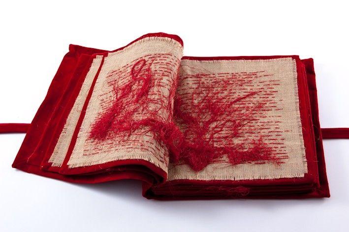 MARIA LAi libro tessuto