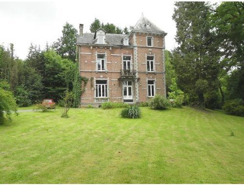 Woning te koop in Hodister 26 te Bomal-sur-Ourthe, Luxemburg voor € 325.000 met 10 slaapkamers, een woonoppervlakte van 350 m², een grondoppervlakte van 11 m²