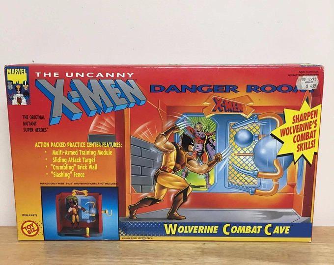 MARVEL COMICS  X-MEN DANGER ROOM TOY BIZ  WOLVERINE COMBAT CAVE