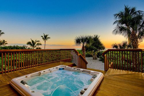 : Future Houses, Dreams Houses, Favorite Places, Places I D, Ahhhh Hottub, Home Spa, Beaches Houses, Hot Tubs, Back Yard