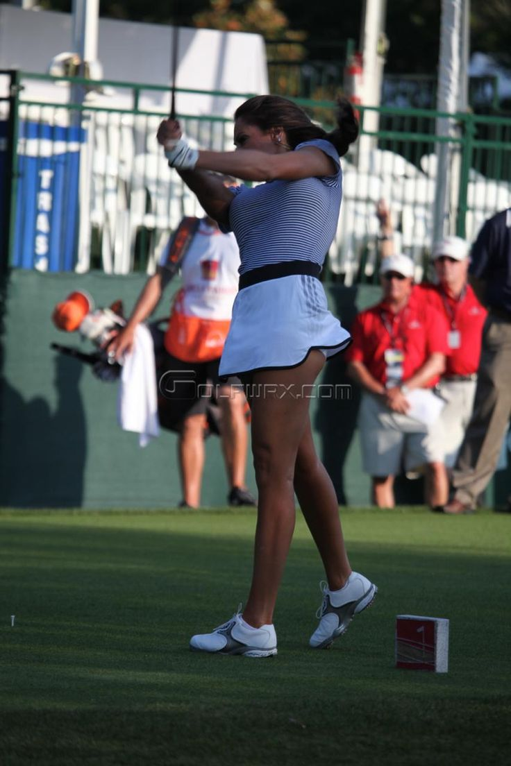 Holly Sonders joined Golf Channel in January 2011, providing tournament and news updates on the popular show Morning Drive. Here she is at the range of this weeks Wells Fargo Championship at Quail Hollow. Click here for full high resolution images in the forums... Click here to see more photos and r…