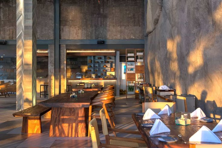 Lombok Hotel Photography - Katamaran Resort - late afternoon restaurant view with sun and shadows