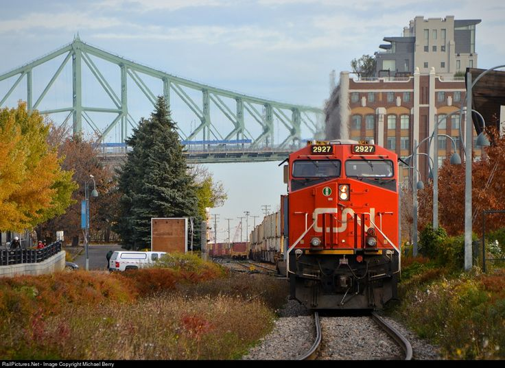 RailPictures.Net Photo: CN 2927 Canadian National Railway GE ES44AC at Montreal, Quebec, Canada by Michael Berry