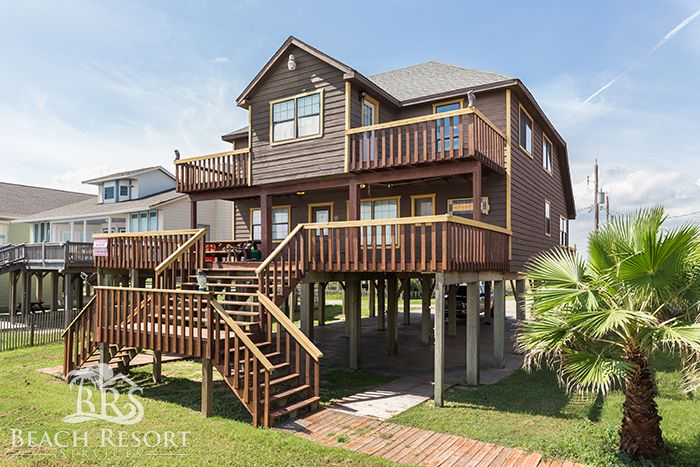. Sand Castle   8 Bedroom Beach Front House in Surfside Beach  Texas
