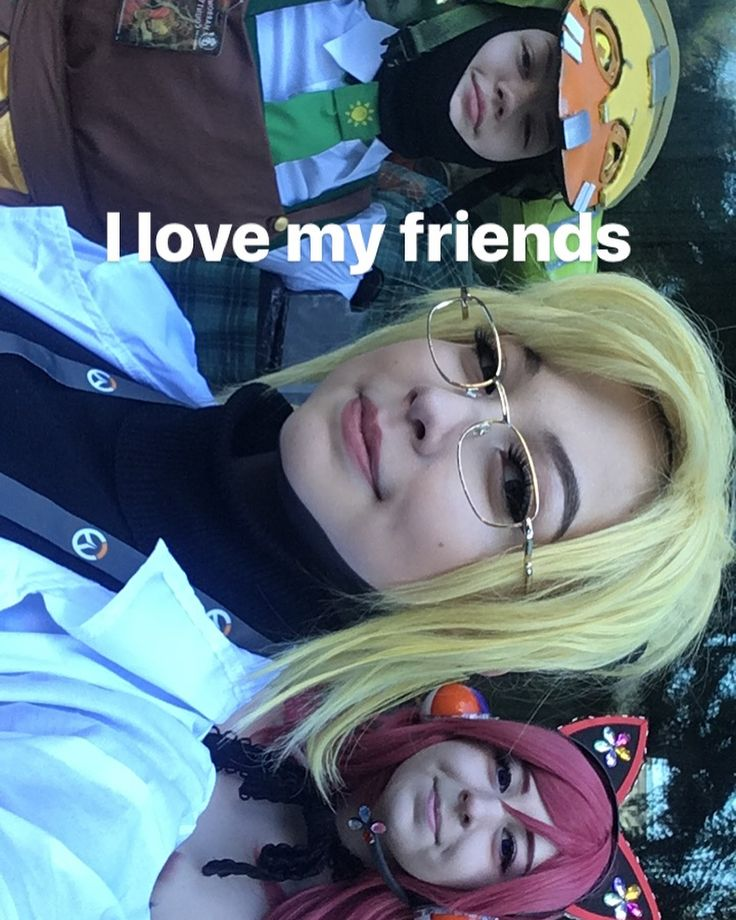 DAY 1 WAS AMAZING and painful on my feet but seeing friends who I usually dont get to see makes me really happy and I got some cute impulse buys and made good memes #eccc#eccc2018#mercycosplay#overwatch#overwatchcosplay#angelaziegler#angelazieglercosplay#orisa#orisacosplay#lovelive#makinishikinocosplay