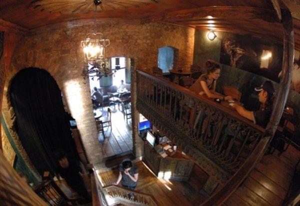 KargA(rt) Bar Istanbul (by Emirhan Yasdıman)