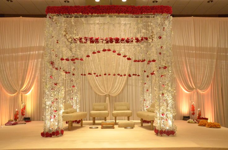 Crystal Mandap Design With Hanging Red Roses The Perfect Wedding For A Crystal And Red Rose