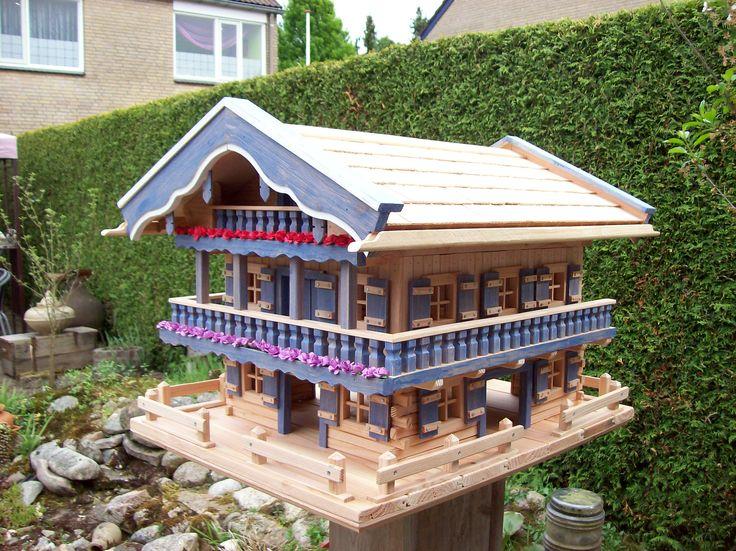Anleitung Vogelhaus Selber Bauen 27 best vogelhäuser images on bird houses birdhouse and