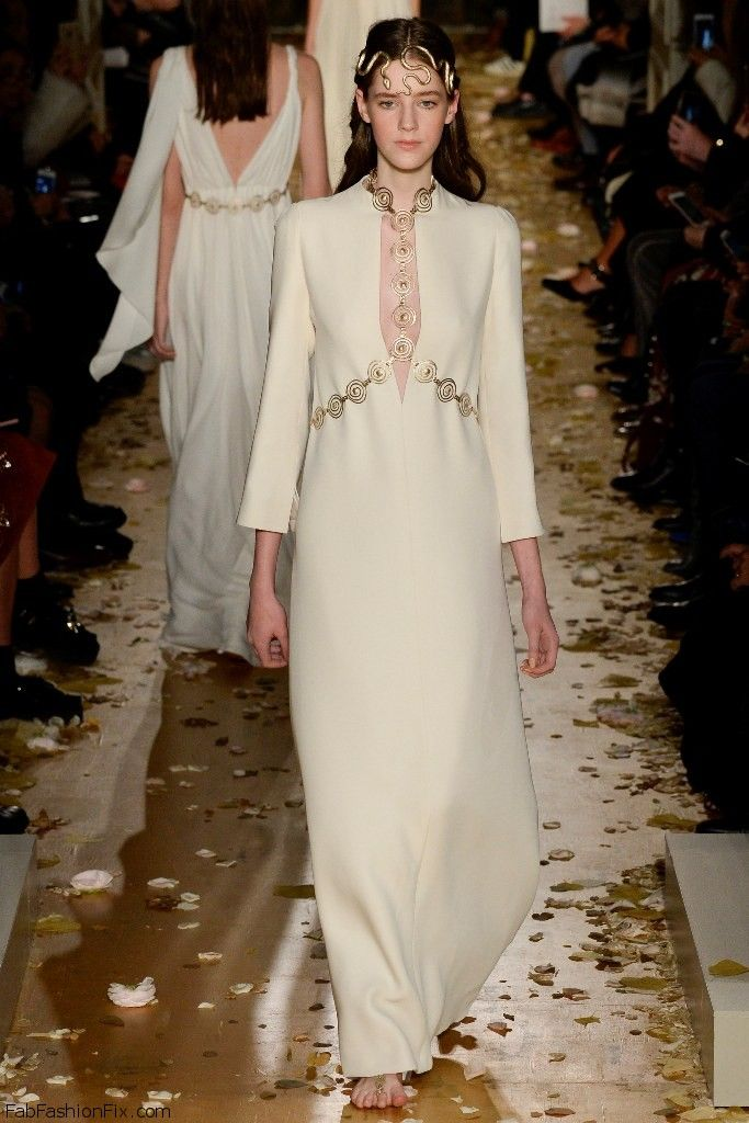 1000 images about valentino best fashion and style from for Haute couture fashion house