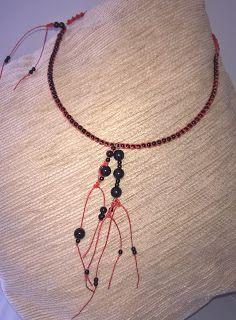 Mãe, Estou Fazendo Artes!: Colar Vermelho e Preto em Macramê