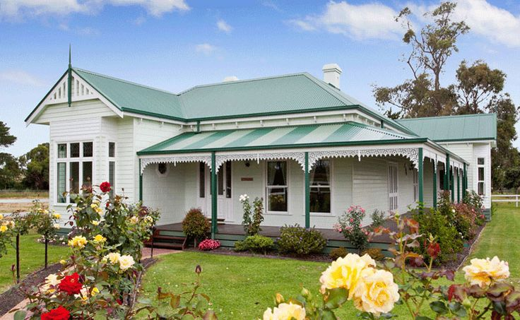 This is just the absolute perfect house. Just love it! (Authentic Rooflines harkawayhomes.com.au)
