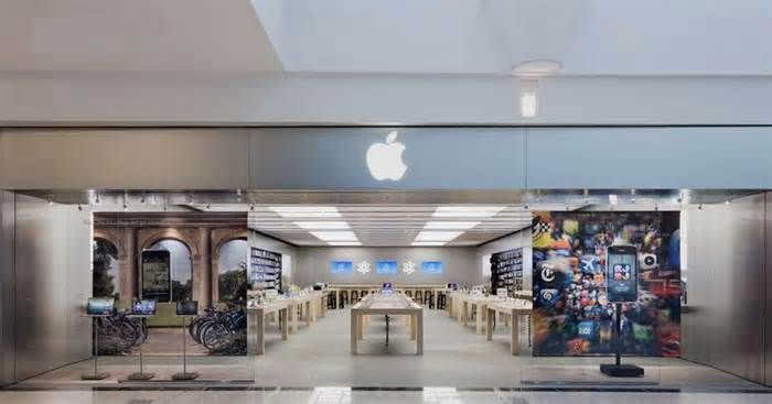 Latest News For California Court Says Apple Store Workers Must Be Paid For Time Spent Waiting To Be Searched In 2020 Apple Store Apple Retail Store Two Store