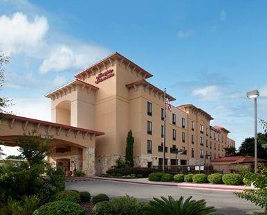 Hampton Inn & Suites San Marcos Hotel, TX - Hotel Exterior