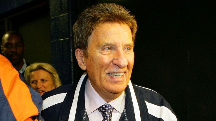 Mike Ilitch's passion earned loyalty across sports in Detroit