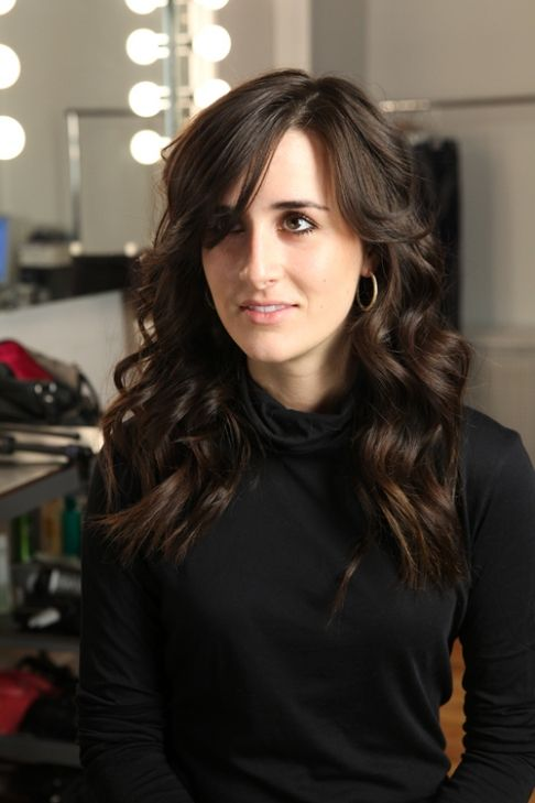 How To Curl Hair Into Long Lasting Romantic Waves Wavy