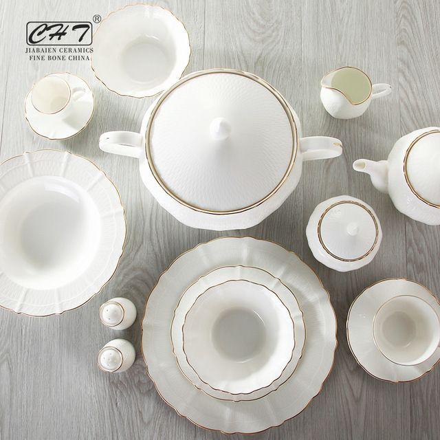 Source Top Choice Dinnerware 111pcs Royal Porcelain Bone China Crockery Dinner Set For Sale On M Alibaba Com China Crockery Crockery Dinnerware