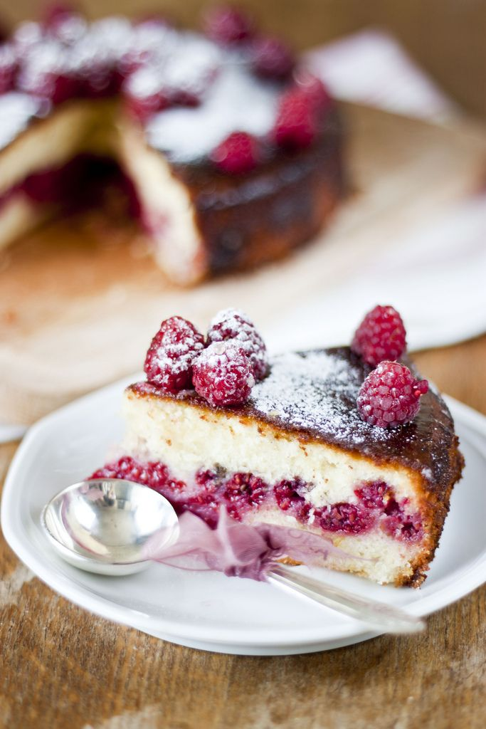 Lime cake with Raspberry