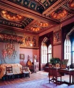 Victorian Gothic style interior old mansion interior pictures gothic glam bathroom bedroom Old World office library row house Victorian interior
