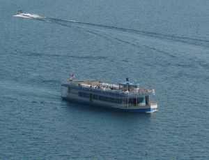 Fun Things to Do in Coeur d'Alene Idaho: Take a Scenic Lake Coeur d'Alene Boat Cruise