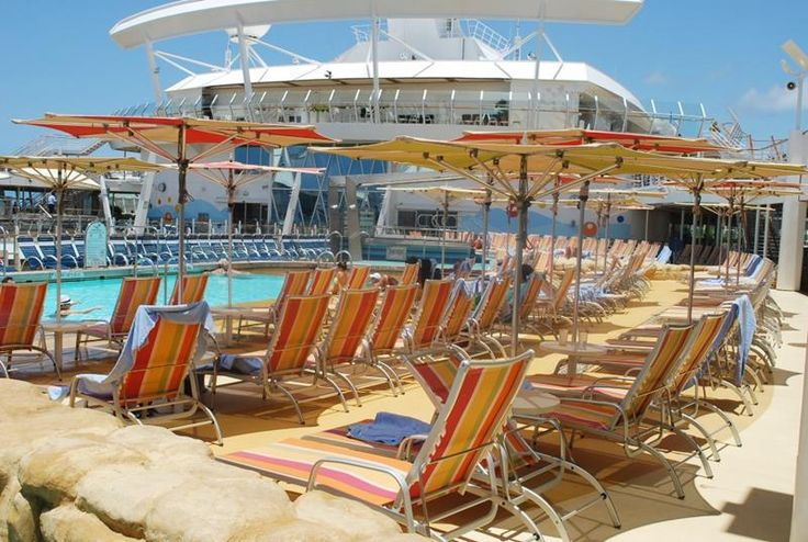 41 Breathtaking Pictures of the Royal Caribbean Oasis of the Seas