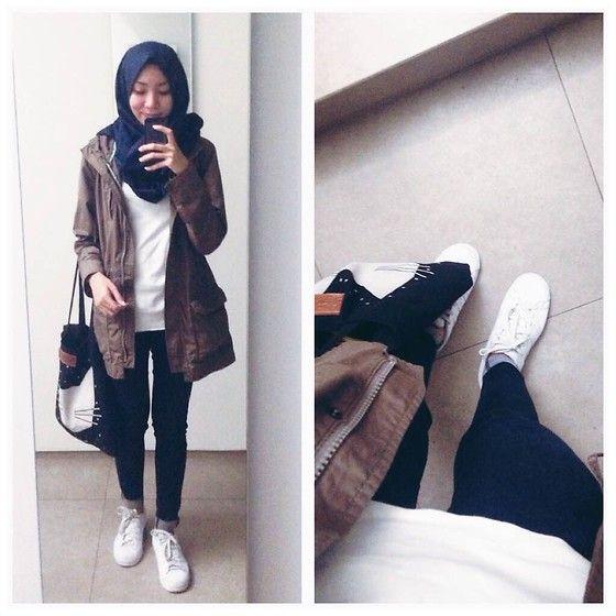 ootd. casual hijab outfit ima scarf, parka, paid shirt, jeans, adidas, white sneakers, totebag  Syaifiena W lookbook.nu/syaifiena
