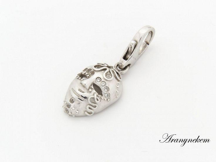 Ródiumos cirkónia köves maszk motívumos ezüst charm medál