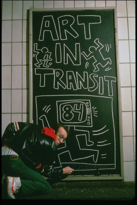 Keith Haring| Subway Graffiti Photograph, Chalk #graffiti #graffitiart https://www.etsy.com/shop/urbanNYCdesigns?ref=hdr_shop_menu
