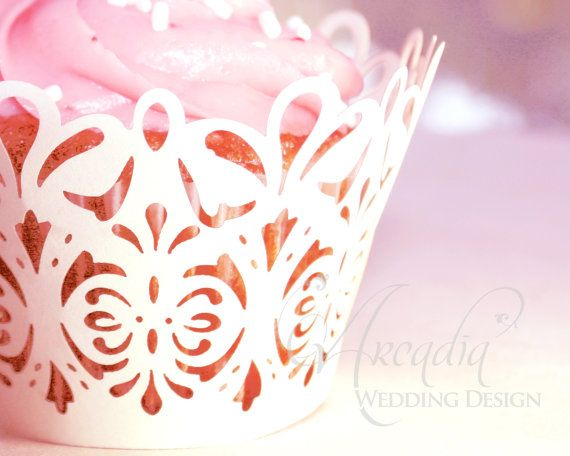 Damask Lace Silhouette Cupcake Wrapper Decor von All4partytime