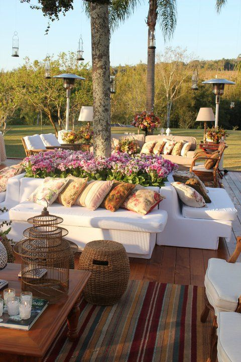Gorgeous outdoor seating for entertaining