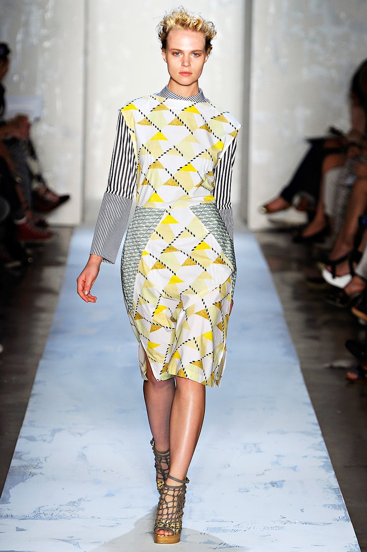 Suno spring 2012. Love the pattern and print.