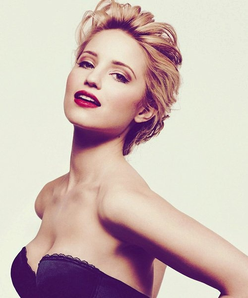Dianna Agron's red lip is flawless
