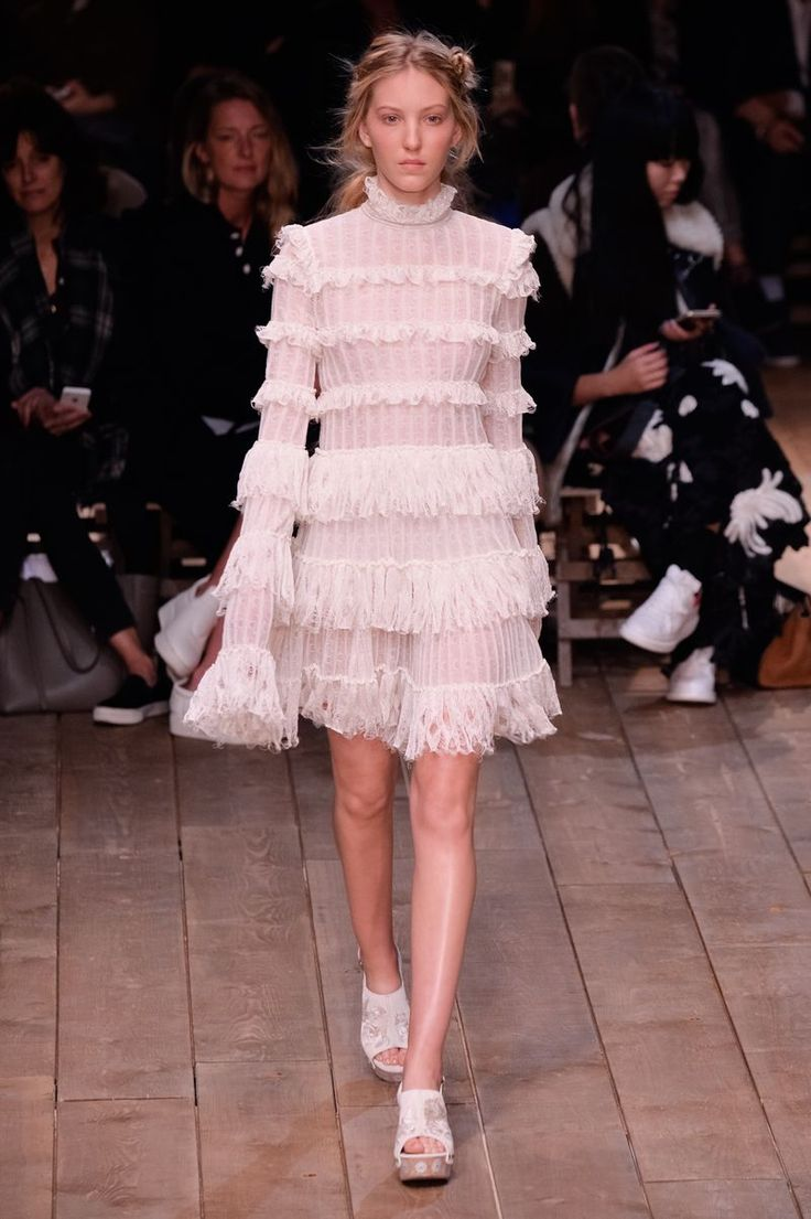 Spring/Summer 2016 Trend Seen at Alexander McQueen: Victorian Style High Necks // More Trends Fresh Off the Runway: (http://www.racked.com/2015/10/19/9563291/spring-2016-trends)