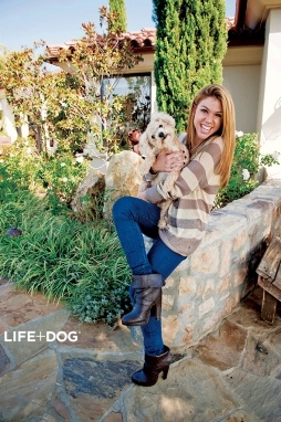 I wanna start dating Kate Mansi I really do have a crush on her and I wanna meet her in person so is there away I can do that