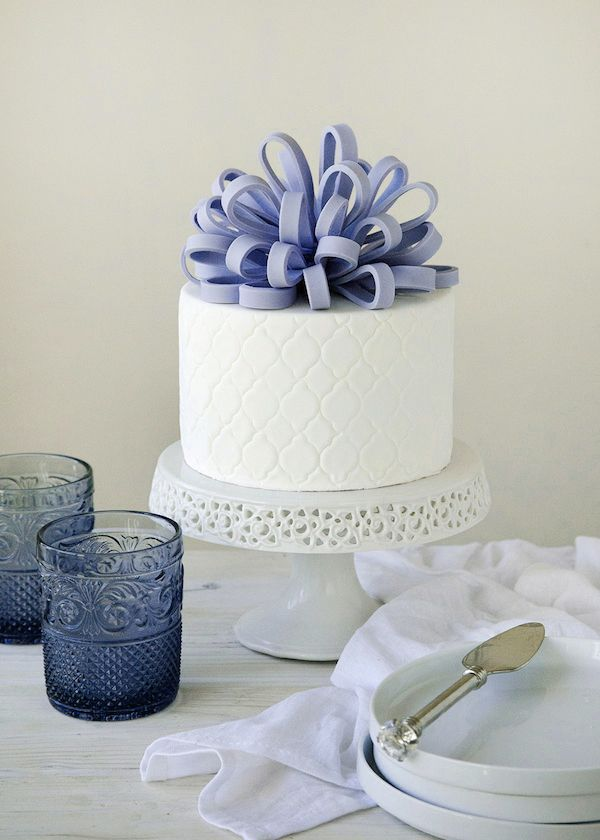 10 Best Ideas About Bow Cakes On Pinterest Fondant Bow