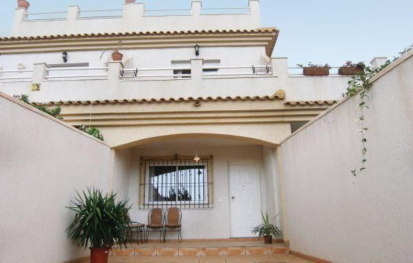 Holiday home C/Murciana - #VacationHomes - $104 - #Hotels #Spain #LaHoradada http://www.justigo.biz/hotels/spain/la-horadada/holiday-home-c-murciana_23107.html