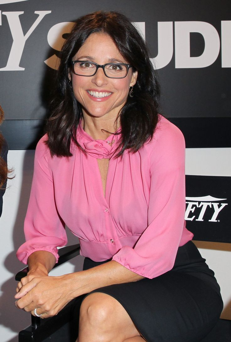 22 best julia louis dreyfus images on pinterest julia for Where did julia louis dreyfus go to college