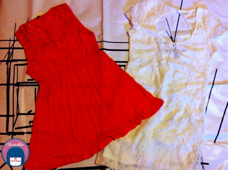 Mini vestido coral.  6MIL // Vestido bodycon blanco encaje. 7MIL