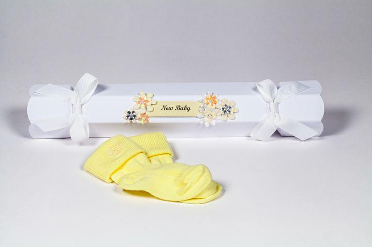 White Celebration Crackers, perfect for New Baby Gifts. www.foldabox.co.uk
