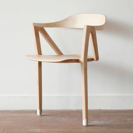 Passive behaviours - furniture that encourages movement -  by Benoit Malta