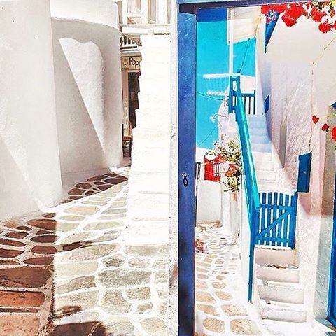 The magical & colorful alleys inside Chora of Mykonos island (Μύκονος)❤️. Famous for the cosmopolitan atmosphere and the exciting nightlife !
