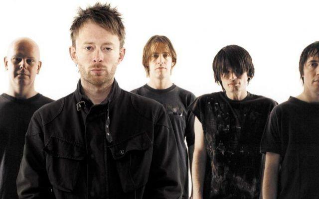 24 curiosità sui Radiohead: la band da oltre 30 milioni di dischi venduti in tutto il mondo I radiohead, una band alternative rock inglese il cui successo è iniziato con il primo singolo 'Creep', che in un primo momento si è rivelato un insuccesso stupendo, poi, tutti quando ha riscosso un  #radiohead #curiosità #band #rock