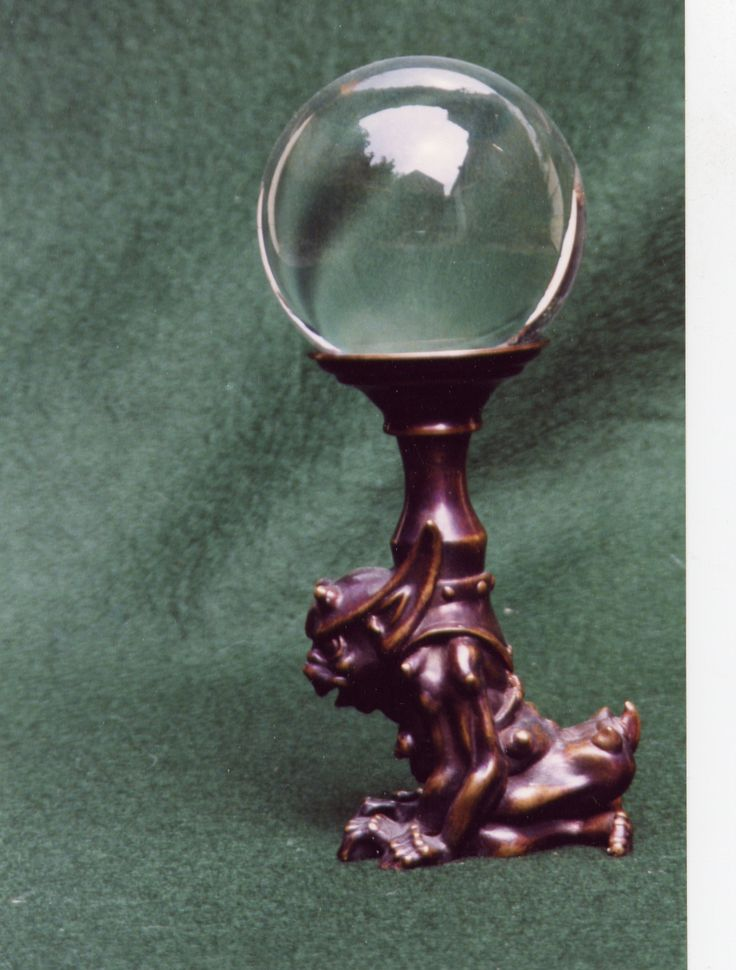 Crystal ball stand - bronze