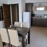 http://www.apartamentemamaia.com/apartament-sara-13-de-luxe-apartament-de-2-camere-4/#.T_Vc0ZGDmSq