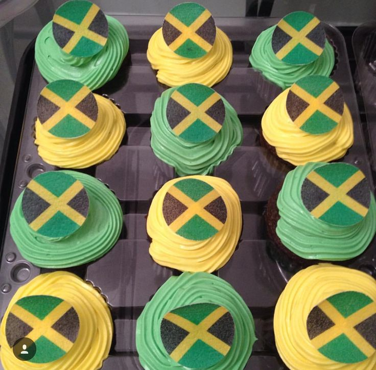 Jamaican Independence day cupcakes