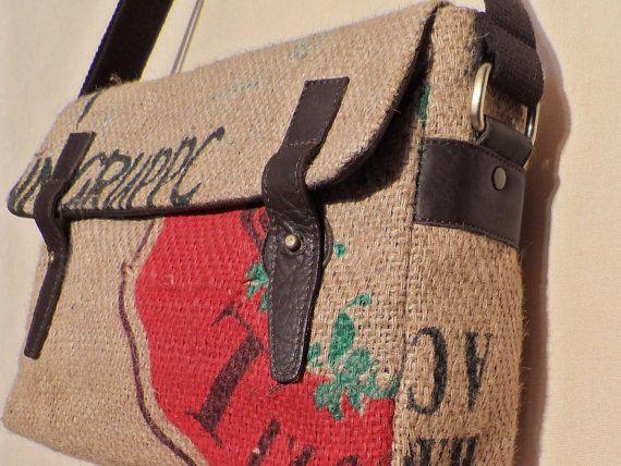 Mod cinghia unisex.  Espresso cucita con sacchi di iuta di inserti caffè e pelle!  HANDMADE IN ITALIA