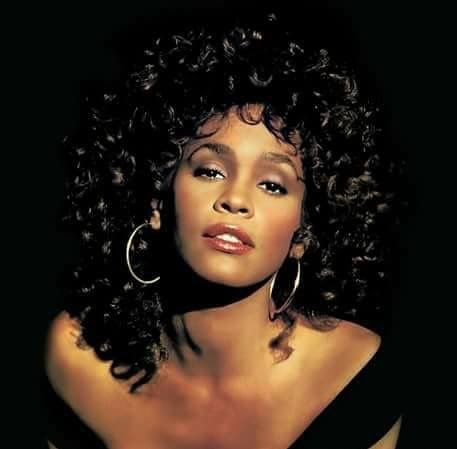 Happy birthday queen wish you were still with us playing music and being a role model for everyone. I know you and Krissy shining down on everyone right now. I know you're resting easy up there. Happy birthday Whitney