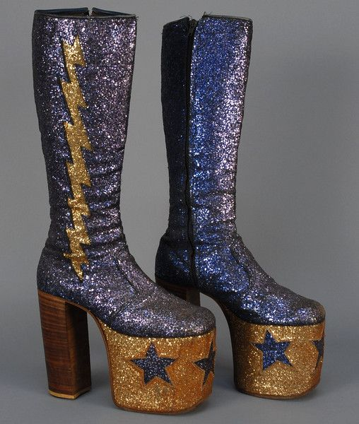 MANS GLAM-ROCK GLITTER PLATFORM BOOTS, c. 1970. - whitakerauction. It has to be a man thing. :)